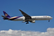 HS-TKF, Boeing 777-300, Thai Airways