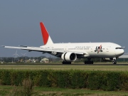 JA704J, Boeing 777-200ER, Japan Airlines