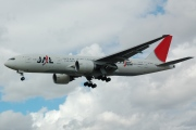 JA709J, Boeing 777-200ER, Japan Airlines