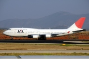 JA8079, Boeing 747-400, Japan Airlines