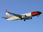 LN-DYF, Boeing 737-800, Norwegian Air Shuttle