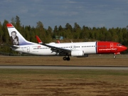 LN-DYM, Boeing 737-800, Norwegian Air Shuttle