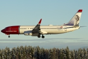 LN-DYW, Boeing 737-800, Norwegian Air Shuttle