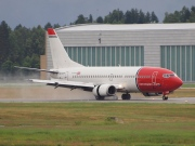 LN-KKR, Boeing 737-300, Norwegian Air Shuttle