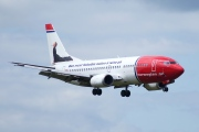 LN-KKW, Boeing 737-300, Norwegian Air Shuttle