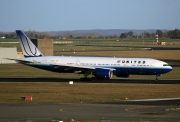 N219UA, Boeing 777-200ER, United Airlines