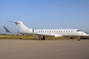 N4T, Bombardier Global Express, Private