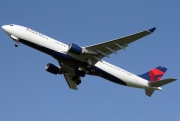 N821NW, Airbus A330-300, Delta Air Lines