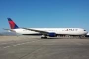 N837MH, Boeing 767-400ER, Delta Air Lines