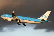 PH-AOH, Airbus A330-200, KLM Royal Dutch Airlines