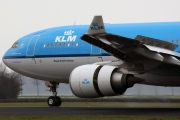 PH-AOL, Airbus A330-200, KLM Royal Dutch Airlines