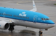 PH-BGN, Boeing 737-700, KLM Royal Dutch Airlines