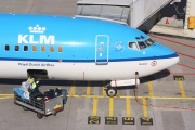 PH-BXH, Boeing 737-800, KLM Royal Dutch Airlines
