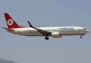 TC-JGZ, Boeing 737-800, Turkish Airlines