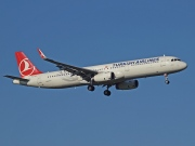 TC-JSF, Airbus A321-200, Turkish Airlines