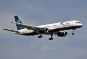 TF-FIW, Boeing 757-200, Blue Line