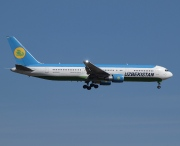 UK67002, Boeing 767-300ER, Uzbekistan Airways