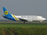 UR-GAJ, Boeing 737-500, Ukraine International Airlines