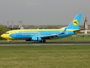 UR-GBD, Boeing 737-300, Ukraine International Airlines