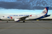 VP-BBQ, Airbus A320-200, Ural Airlines