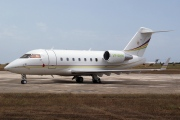 VP-BHH, Bombardier Challenger 600-CL-604, Private
