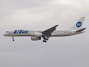 VP-BLV, Boeing 757-200, UTair