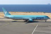 VP-BOY, Boeing 767-300ERF, Pegas Touristik