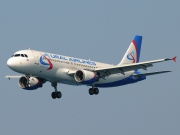VQ-BCZ, Airbus A320-200, Ural Airlines
