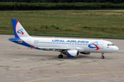 VQ-BLO, Airbus A320-200, Ural Airlines