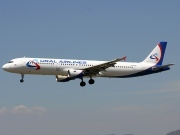 VQ-BOZ, Airbus A321-200, Ural Airlines
