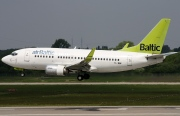 YL-BBF, Boeing 737-500, Air Baltic