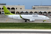 YL-BBO, Boeing 737-300, Air Baltic