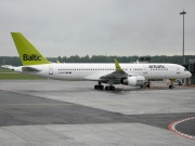 YL-BDC, Boeing 757-200, Air Baltic