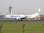 YR-BAE, Boeing 737-400, Blue Air
