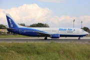 YR-BAK, Boeing 737-400, Blue Air